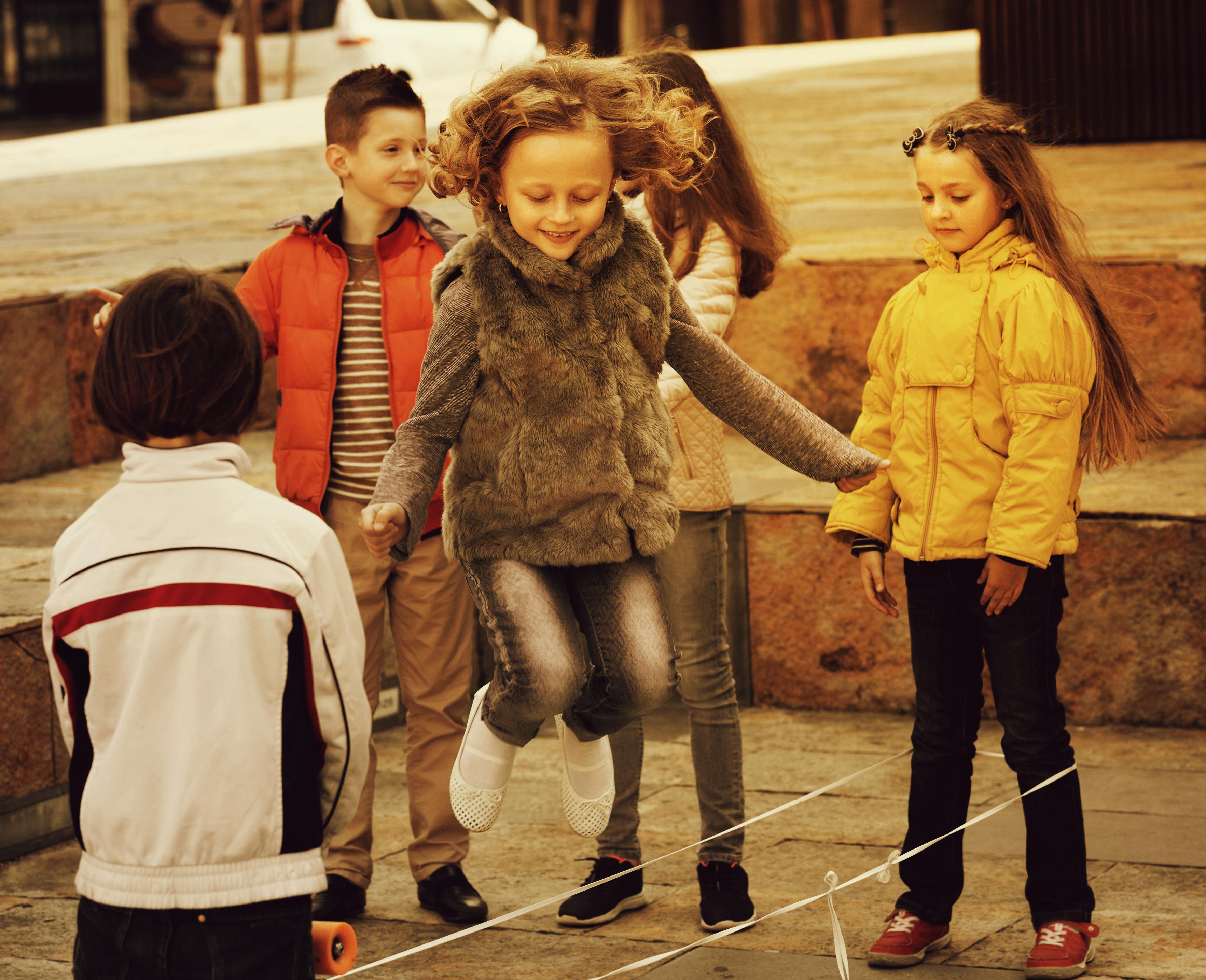 Pamätáte si ešte? Retro hry nášho detstva, ktoré sme v lete milovali! -  Blog pre rodičov - Kidmania.sk